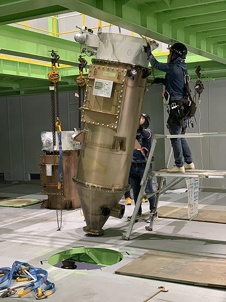 2021.2.28(〇〇チタニウム機器据付工事)
