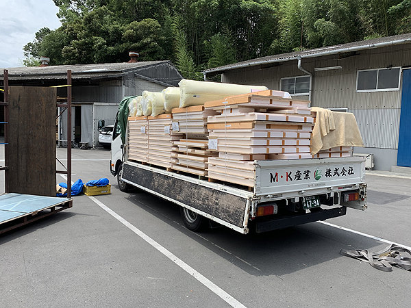 建設材料(建材)の配達